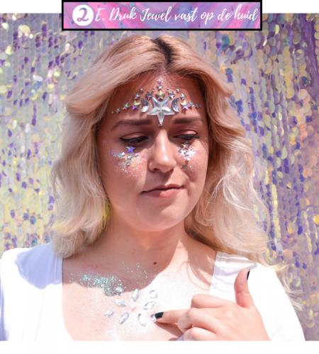 Tips en tricks om jewels aan te brengen op de huid met speciale glitterlijm.